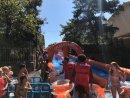 FOTOS. Supertobogan d'aigua gegant per la festa major