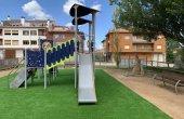 S'instal·la un nou parc infantil a la Plaça del Sol