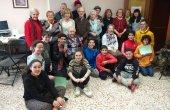Aprenentatges i complicitats entre generacions al taller de mòbils