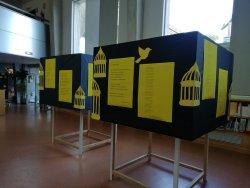 Exposició 'Abril poètic' a la Biblioteca de Taradell