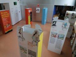 La Biblioteca Antoni Pladevall i Font acull l'exposició 'El món amb ulls d'infant'