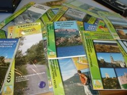 La Biblioteca de Taradell amplia el fons de Senderisme, excursionisme i viatge