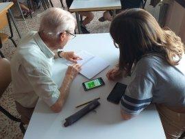 Estiu jove - Taller amb mòbils Associació de Jubilats