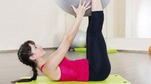 Pilates: Manteniment, millora i equilibri del conjunt dels grups musculars per tal d'incrementar el to muscular i la consciència corporal. És una modalitat molt rigorosa quant a la correcta execució dels exercicis amb un treball important de propiocepció - EAS Taradell
