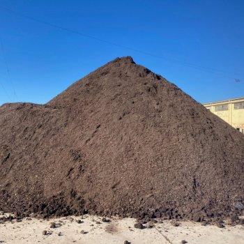 Pila de compost a la Mancomunitat La Plana