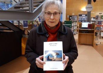 'Sargint la xarxa', primer llibre de Maria Sellés