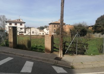 Taradell tindrà un nou aparcament provisional al centre del poble