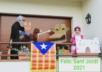 Maria Sañé i Meritxell Soler guanyen el Concurs de Fotografia de Sant Jordi
