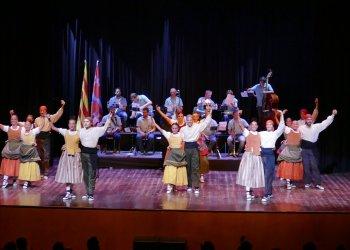 ACTE SUSPÈS. L'Esbart Sant Genís celebrarà diumenge la Festa del Soci i la 40a Arrossada