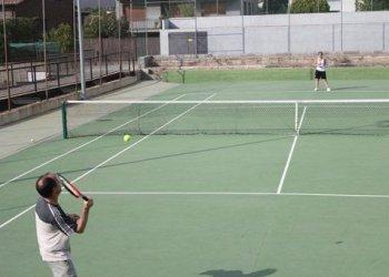 Pressió taradellenca per la recuperació de l'activitat esportiva no professional