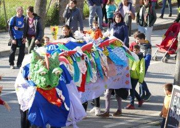 Es comença a planificar Sant Jordi, amb algunes activitats al carrer