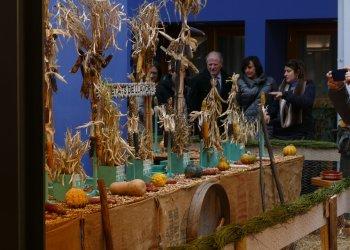 Exposició 'El calendari de pagès, tot un referent per a la societat' a Can Costa