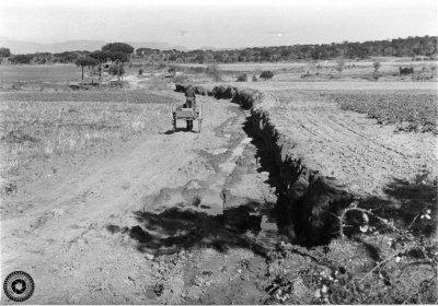 Obres d'accés a la carretera de la Roca, entre els anys 1965 i 1966 (Arxiu Fotogràfic Taradell | Autor desconegut)