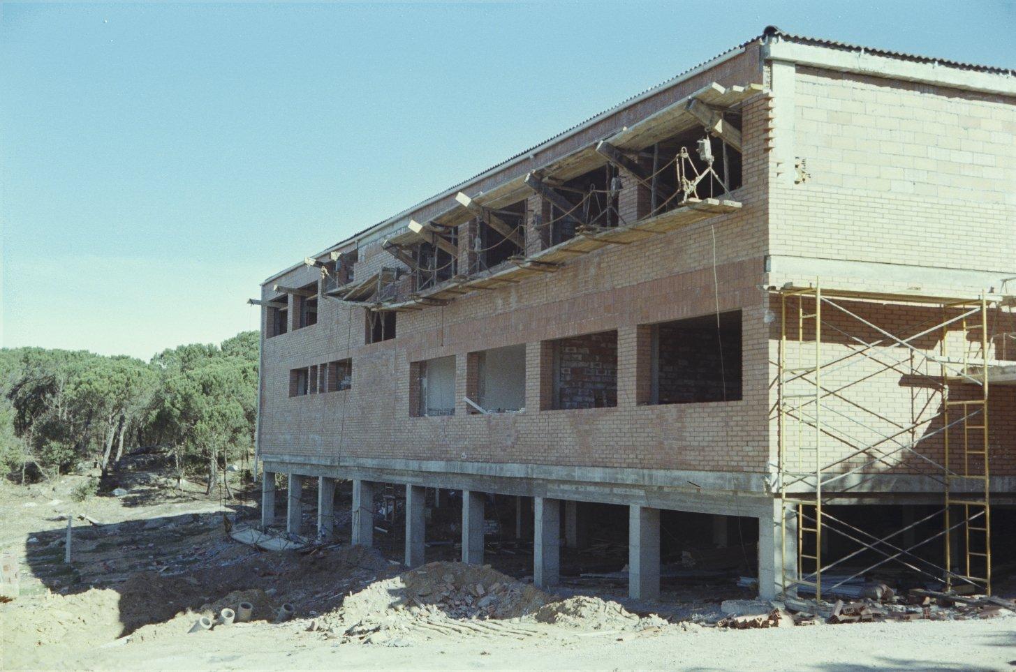 Construcció edifici Pinediques_Foto Pere Papell