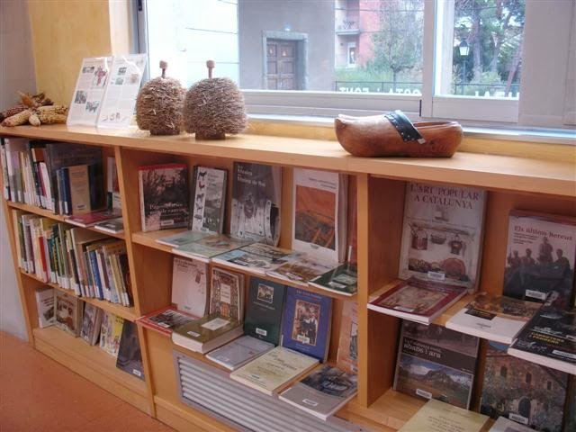 Espai Joan del Colomer, dedicat al món rural a la Biblioteca de Taradell