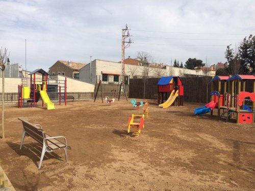 ampliació i millora del parc infantil costat del dispensari