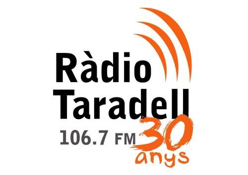 Logotip dels 30 anys de Ràdio Taradell.