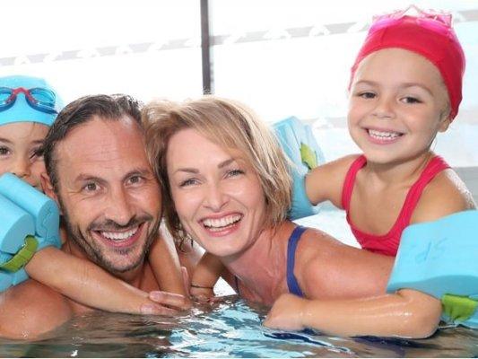Oferta de cursets de natació a l'EAS, d'octubre a juny