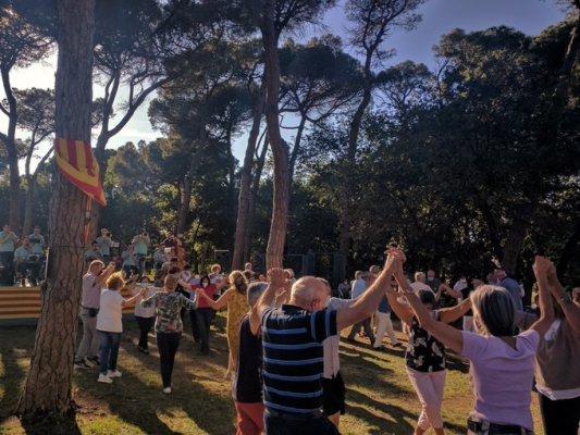 L'Aplec de la Sardana es converteix en un homenatge a Quim Feixas