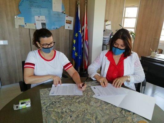 Conveni entre l'Ajuntament i Agbar per pagar l'aigua a famílies vulnerables