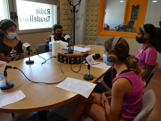 ÀUDIO i FOTOS. La proposta ''Fem-ho Jove'' es tanca amb un programa de ràdio