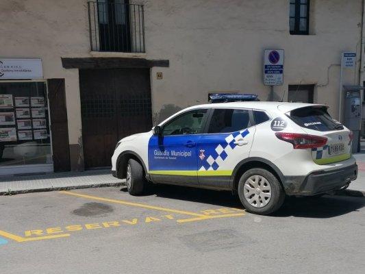 Detenen un veí de Taradell després d'agredir un guàrdia municipal