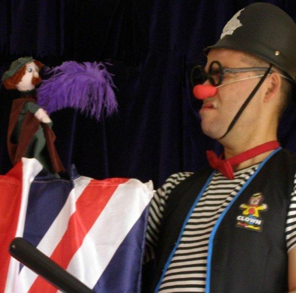 Hora del conte en anglès: 'Clowning' amb Ruskus Patruskus