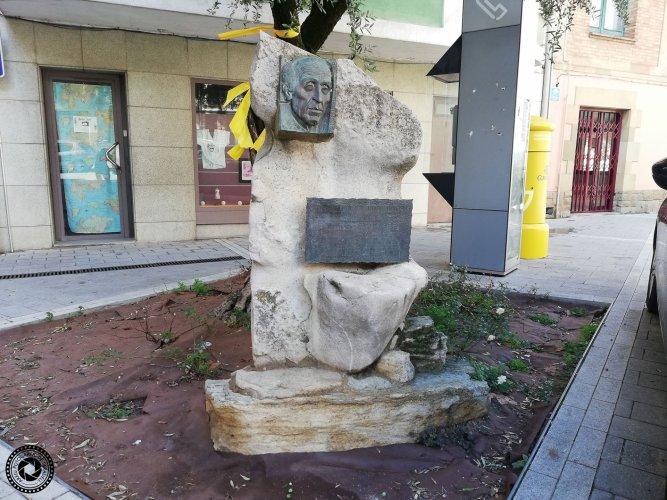 Monument a Joan Vilacís