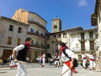 AGENDA: actes religiosos Setmana Santa, ball de bastons, taller per a dones, Josep Carner...