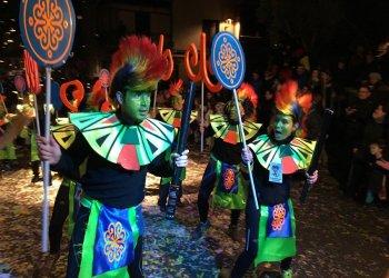 13 carrosses i comparses participaran a la rua de Carnaval