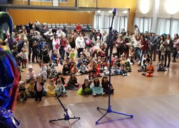 FOTOS i VÍDEOS. El Carnaval Infantil inaugura la disbauxa
