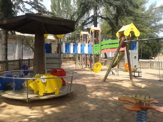 Pautes d'ús dels parcs infantils per prevenir la COVID-19